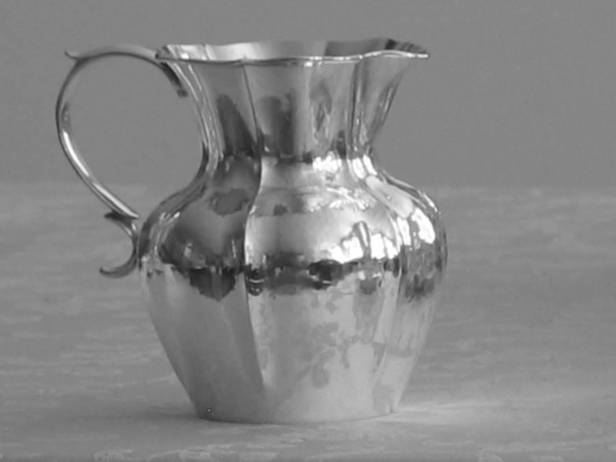 Brocca boccale tonda in argento stile veneziano fatta a mano