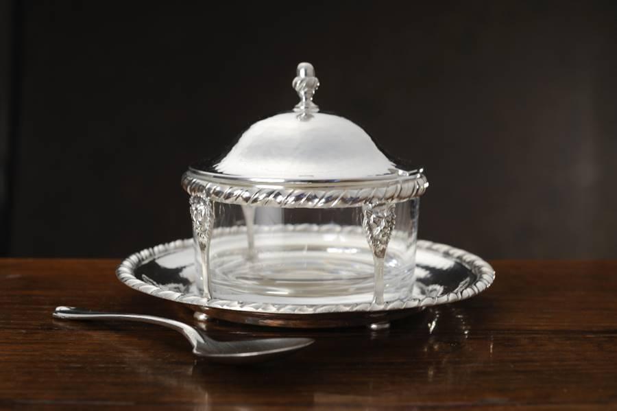 Formaggiera tonda in argento stile san marco fatta a mano