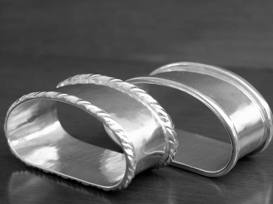 portatovaglioli  in argento stile inglese e San Marco