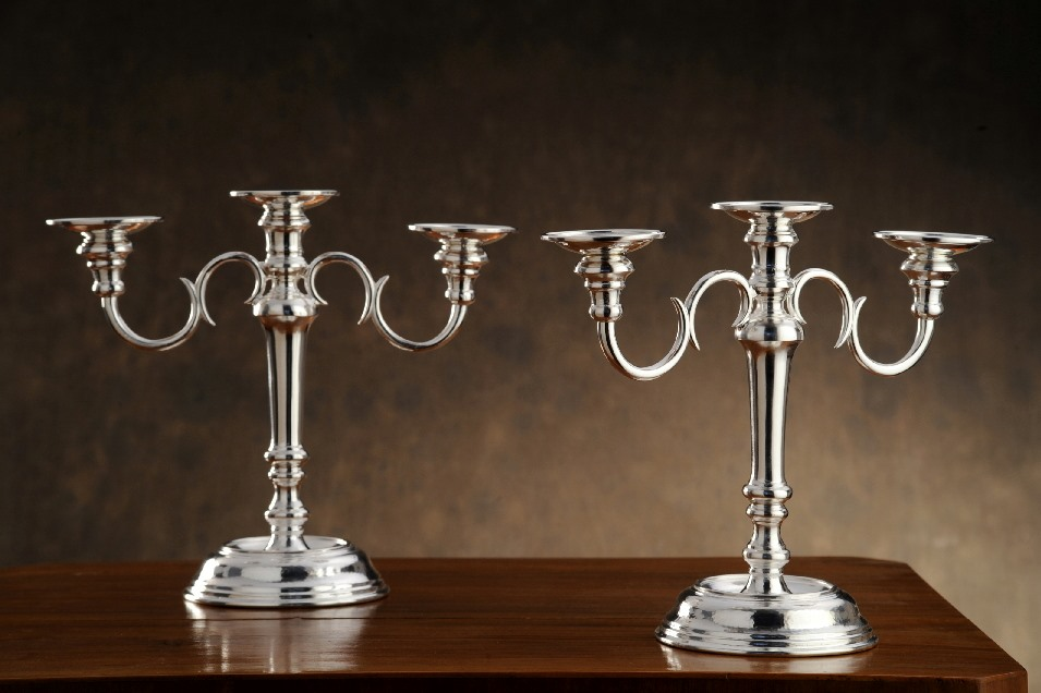 candelabro in argento  per arredo casa