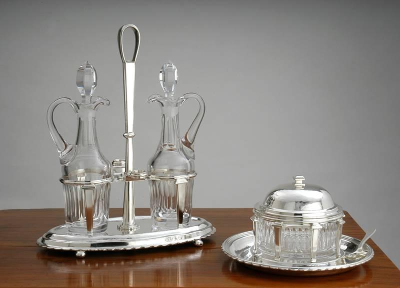 oliera e formaggiera tonda in argento  fatto a mano