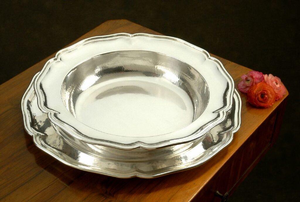 risottiera tonda in argento  per arredo casa