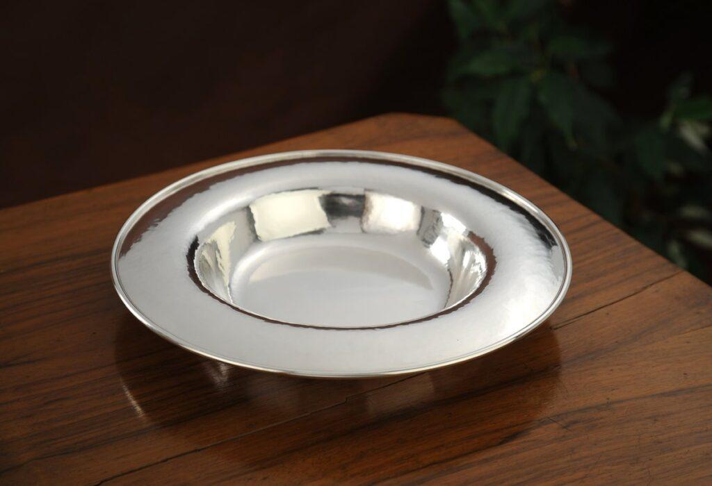 vaschetta in argento tonda per arredo casa