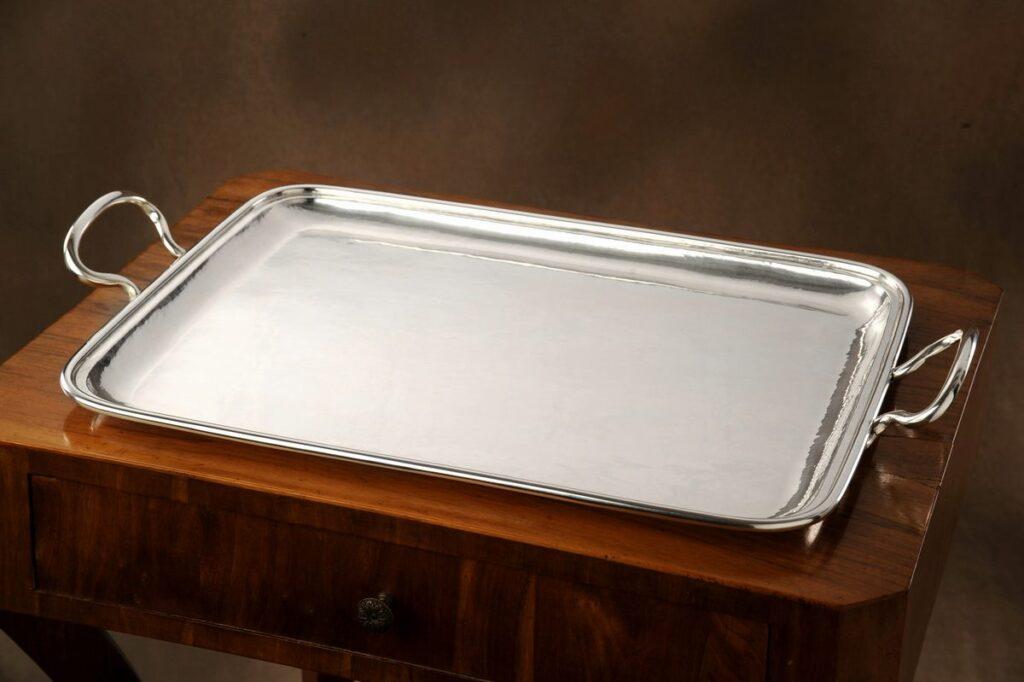 vassoio rettangolare in argento per arredo casa