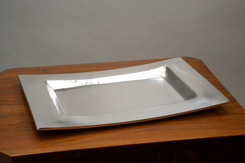 vassoio rettangolare in argento moderno per arredo casa