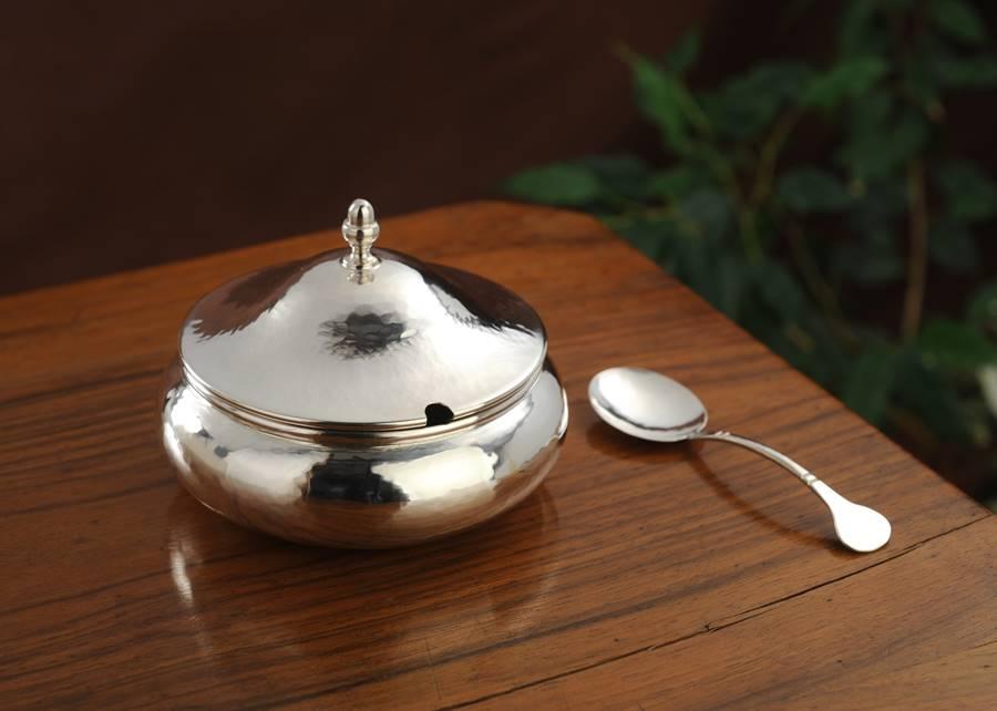 zuccheriera tonda in argento bassa fatto a mano