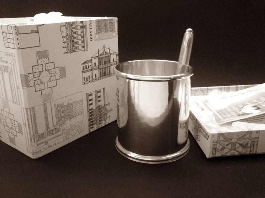 oggetti in argento per portapenne tondo