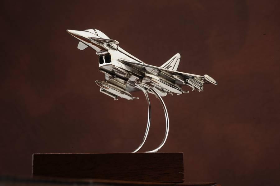 modellino aereo EURIFIGTHER in argento