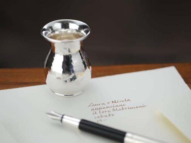 Vasetto bomboniera in argento